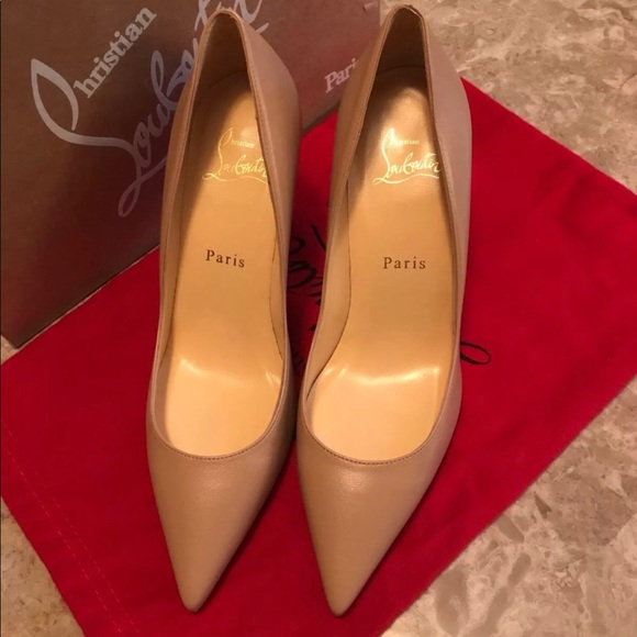 more photos 568cd a8d09 Christian Louboutin Apostrophy Pumps NWT